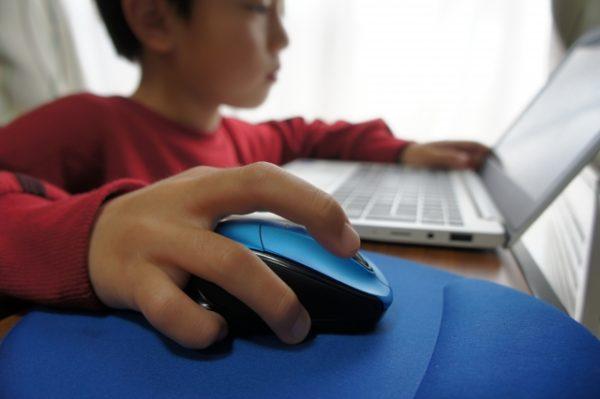 子供のプログラミング学習は自宅・教室・家庭教師のどれがいい?