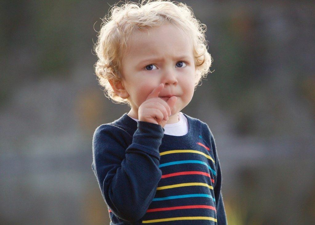 共働きでも幼児教育をしたい!家庭で出来るオススメの方法は?