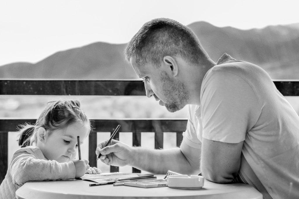 モンテッソーリ教育の内容や効果とは?子供のその後にどんな影響があるの?